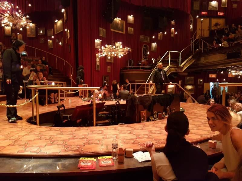 Vista sentada para Imperial Theatre Secção Stage Fila TT Lugar 1