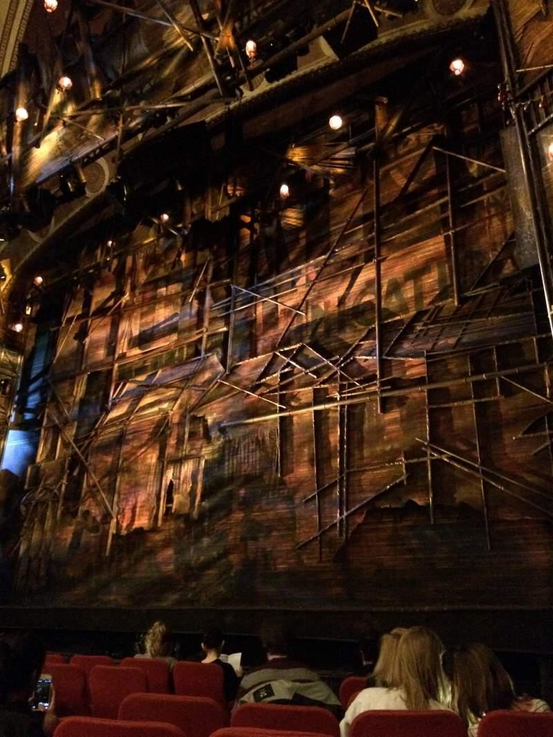 Vista sentada para Broadway Theatre - 53rd Street Secção Orchestra R Fila H Lugar 11