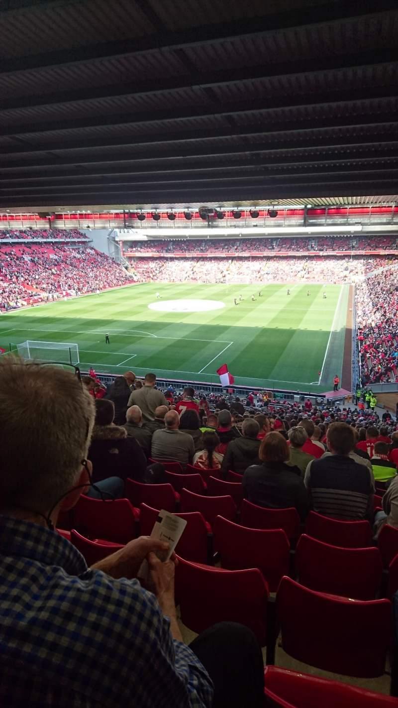 Vista sentada para Anfield Secção 207 Fila 61 Lugar 32