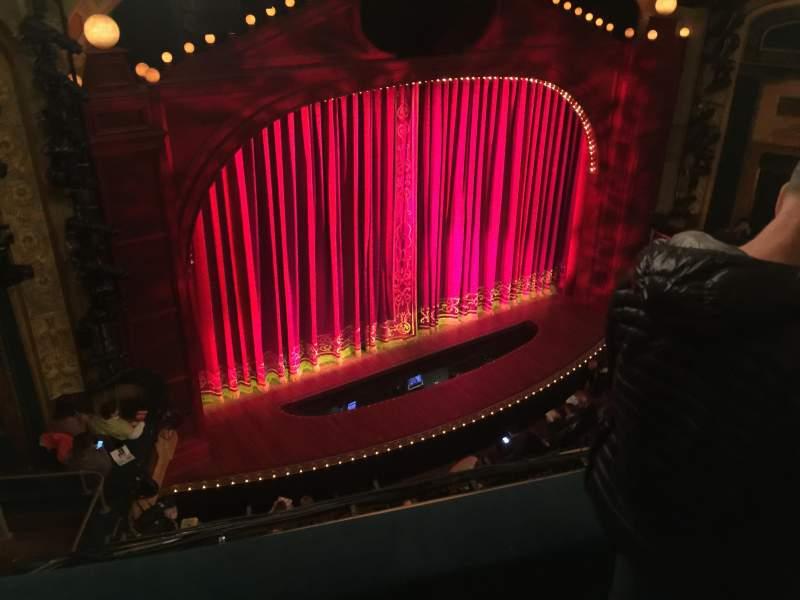 Vista sentada para Shubert Theatre Secção Balcony L Fila C Lugar 15