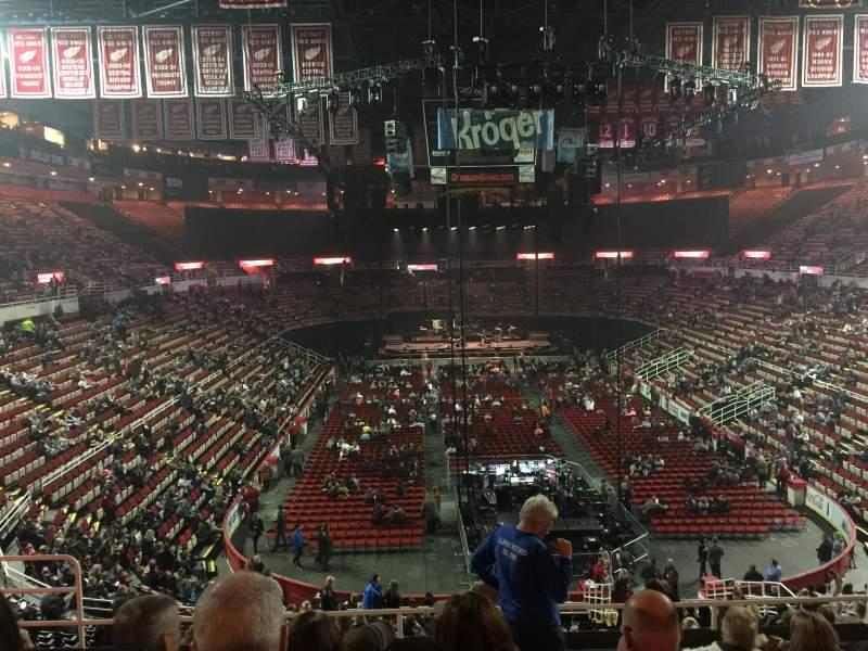 Vista sentada para Joe Louis Arena Secção 201 Fila 8 Lugar 8