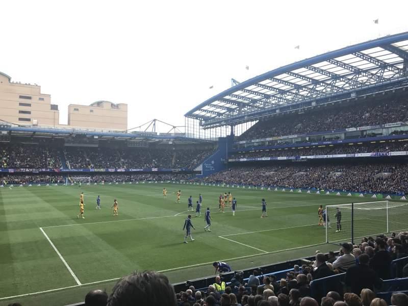 Vista sentada para Stamford Bridge Secção Matthew Harding Lower 14 Fila S Lugar 131