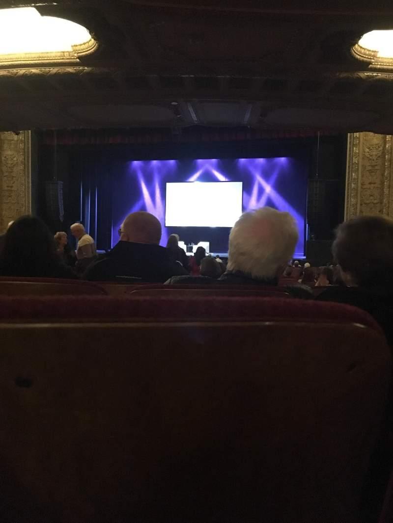 Vista sentada para Chicago Theatre Secção MNFL3L Fila R Lugar 304