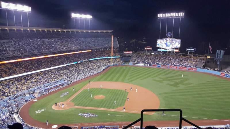 Vista sentada para Dodger Stadium Secção 14RS Fila DD Lugar 21