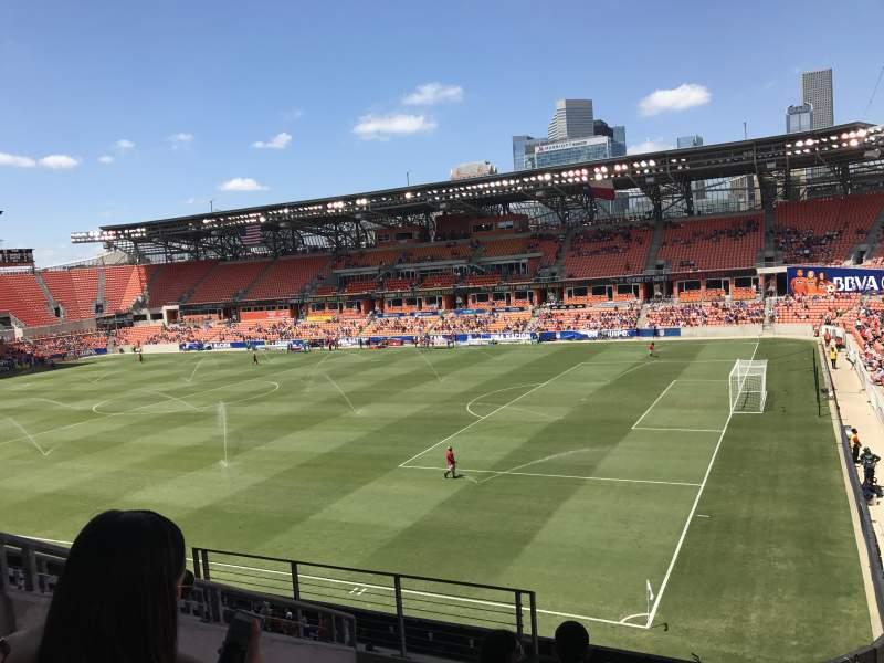 Vista sentada para BBVA Stadium Secção 103 Fila F Lugar 27