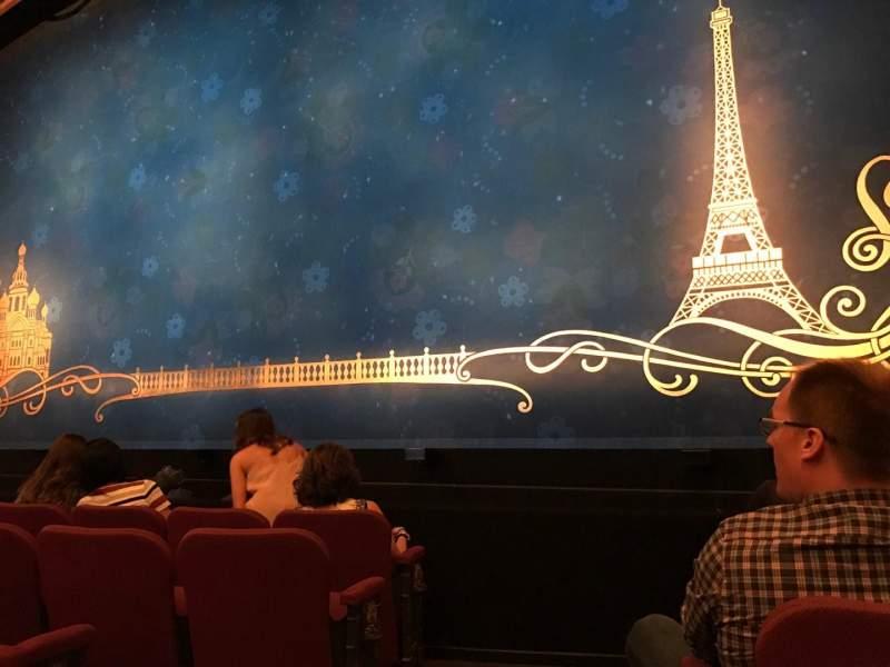 Vista sentada para Broadhurst Theatre Secção Orchestra R Fila E Lugar 2