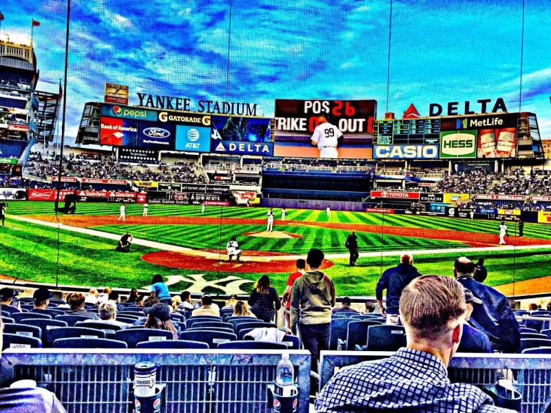 Vista sentada para Yankee Stadium Secção 120A Fila 3 Lugar 3