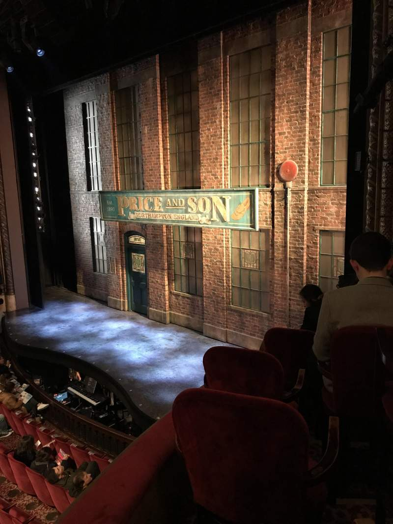 Vista sentada para Al Hirschfeld Theatre Secção Right box Fila F Lugar 13