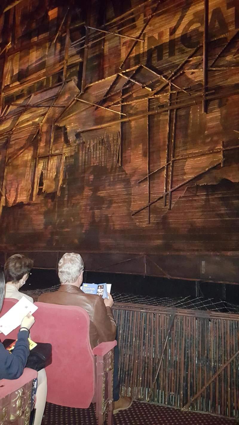 Vista sentada para Broadway Theatre - 53rd Street Secção Orchestra R Fila D Lugar 3