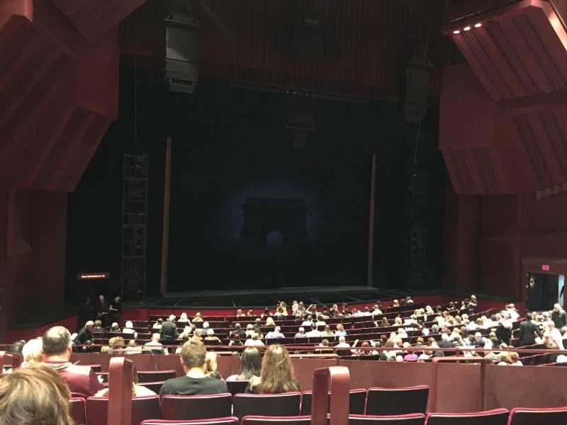Vista sentada para Segerstrom Hall Secção Orchestra terrace Fila H Lugar 102