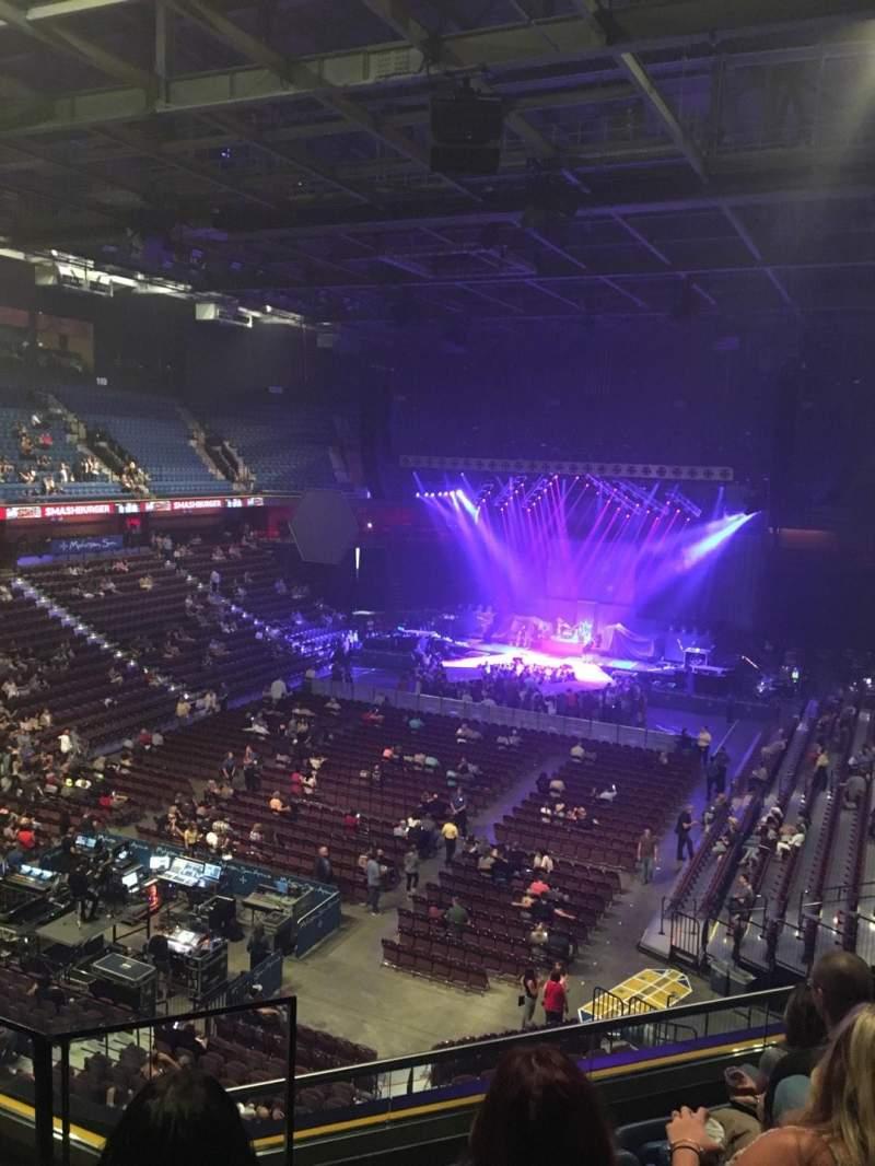Vista sentada para Mohegan Sun Arena Secção 110 Fila F Lugar 14