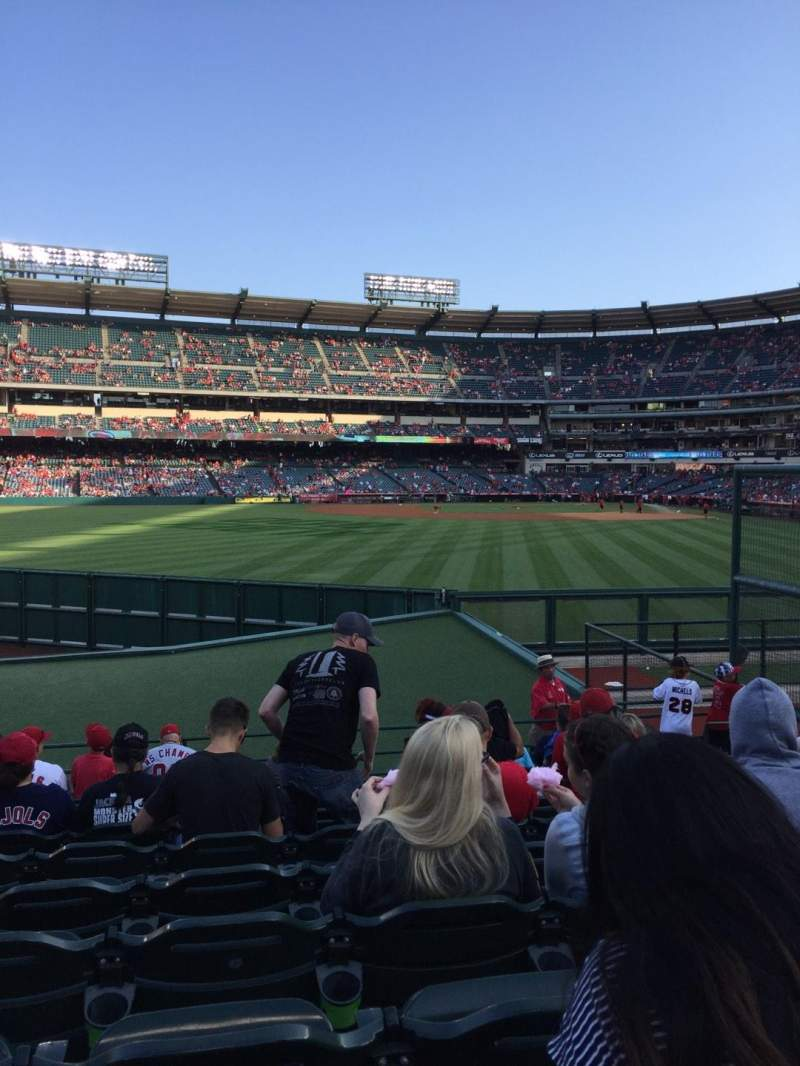 Vista sentada para Angel Stadium Secção 257 Fila L Lugar 13