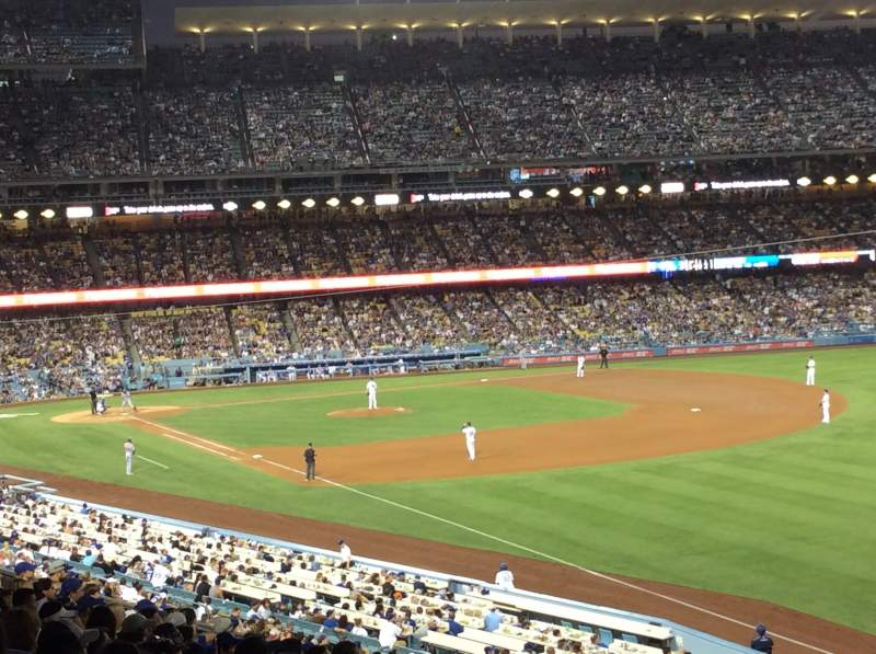 Vista sentada para Dodger Stadium Secção 160LG Fila P Lugar 17