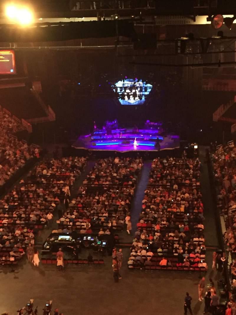 Vista sentada para Intrust Bank Arena Secção 208 Fila S Lugar 26
