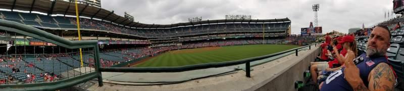 Vista sentada para Angel Stadium Secção 236 Fila A Lugar 1
