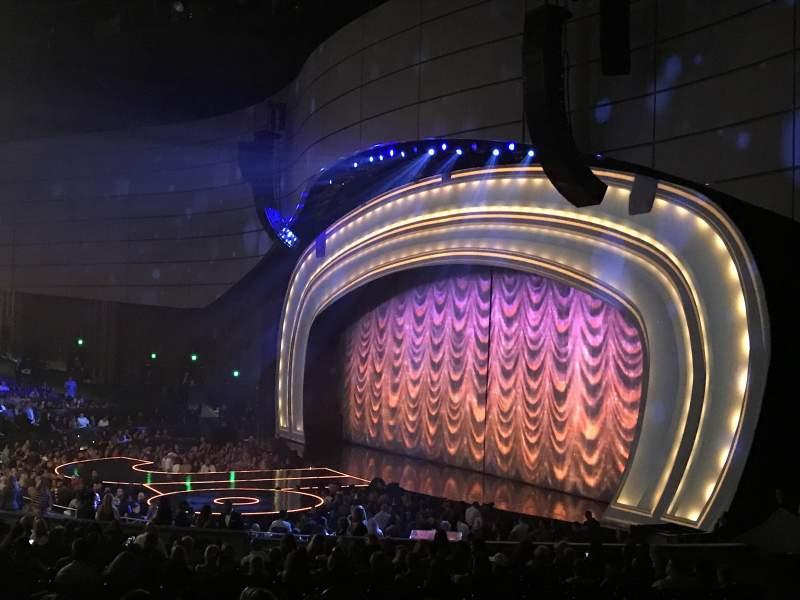 Vista sentada para Zappos Theater Secção 201 Fila J Lugar 7