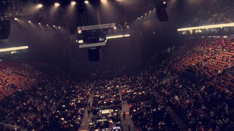 Vista sentada para Scotiabank Arena Secção 303 Fila 1 Lugar 5
