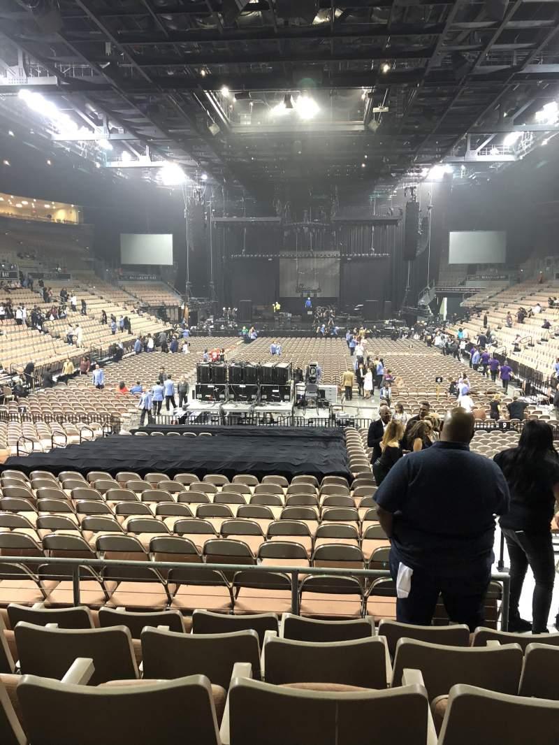 Vista sentada para Mandalay Bay Events Center Secção 113 Fila Q Lugar 14