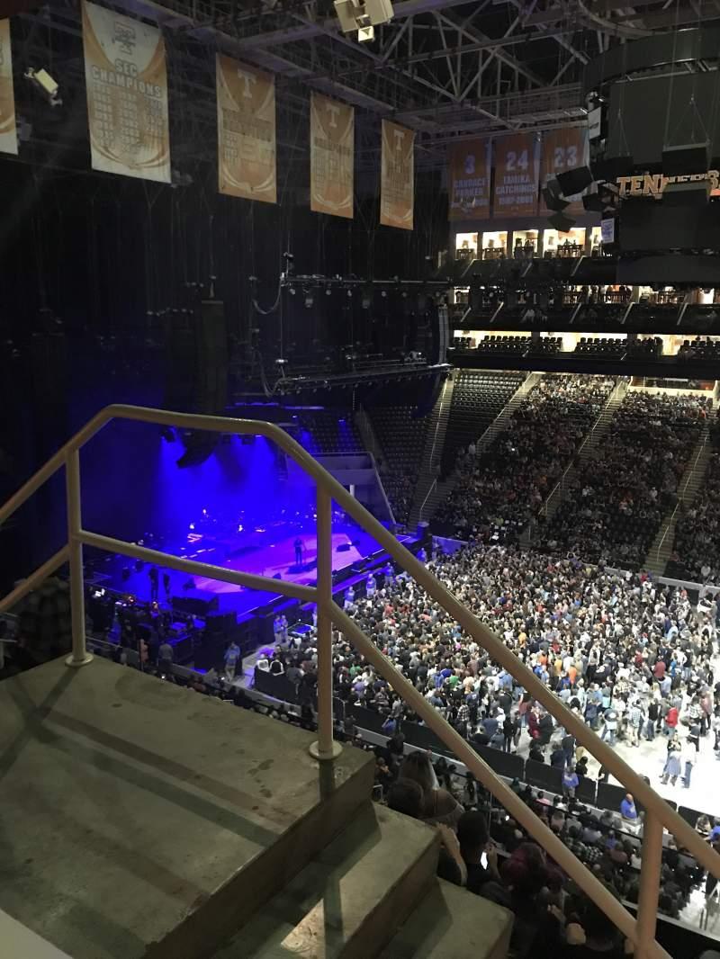 Vista sentada para Thompson-Boling Arena Secção 320 Fila 1 Lugar 13-14