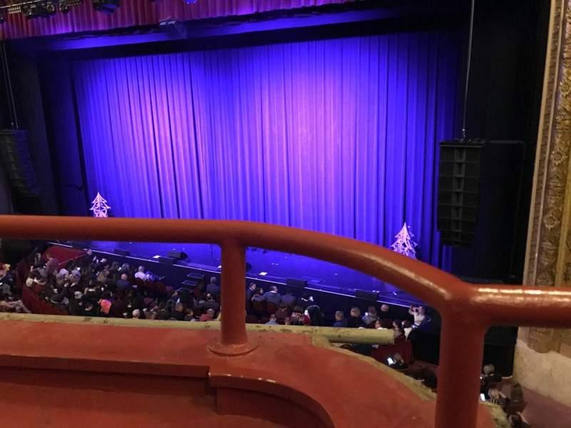 Vista sentada para Chicago Theatre Secção Loge2R Fila AA Lugar 206