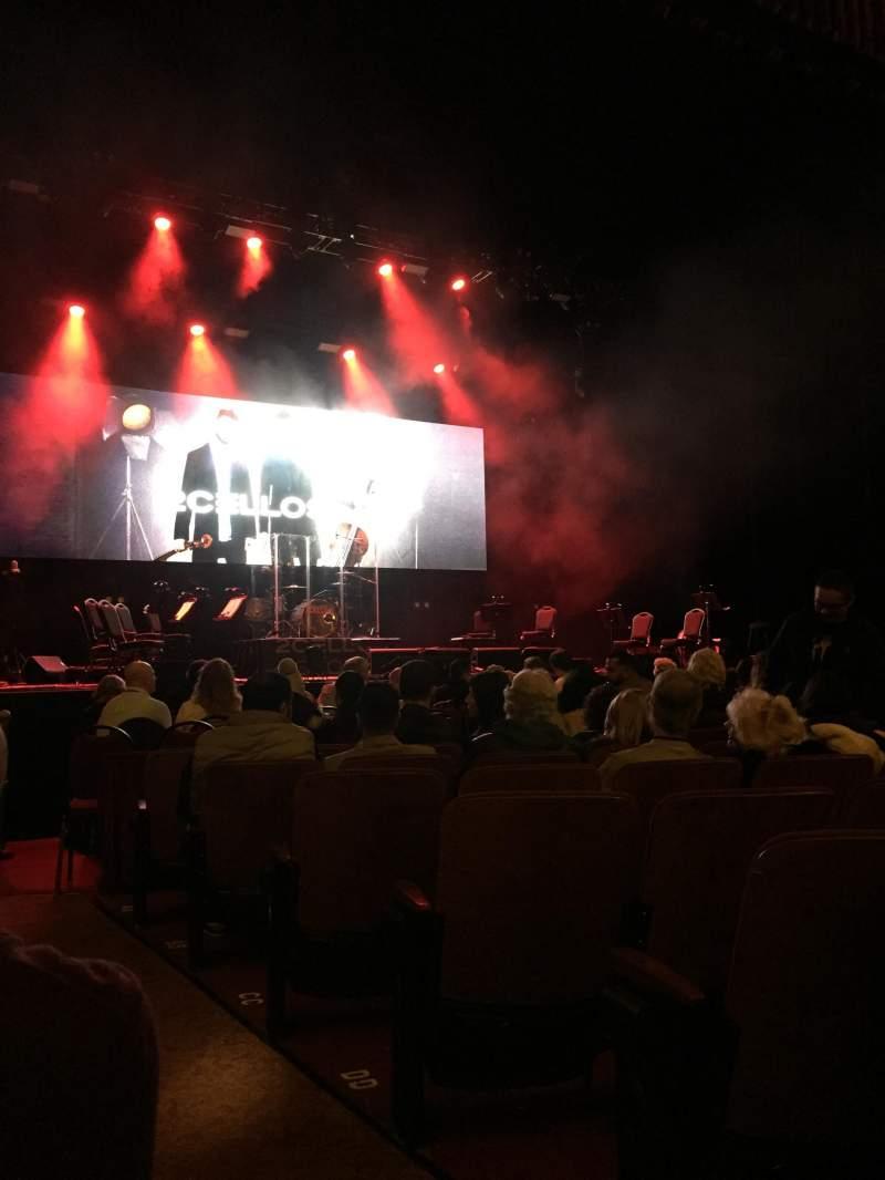 Vista sentada para Chicago Theatre Secção MNFL3L Fila GG Lugar 301