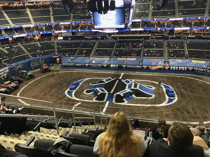 Vista sentada para PPG Paints Arena Secção 218 Fila K Lugar 18