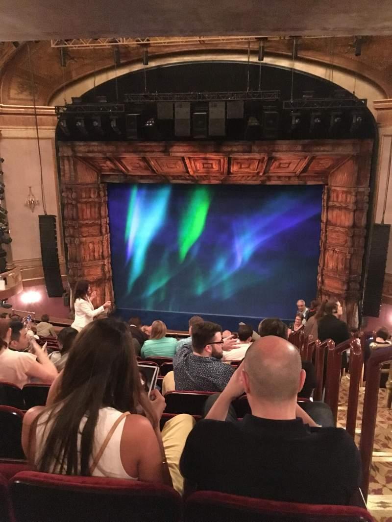 Vista sentada para St. James Theatre Secção Mez Fila O Lugar 101