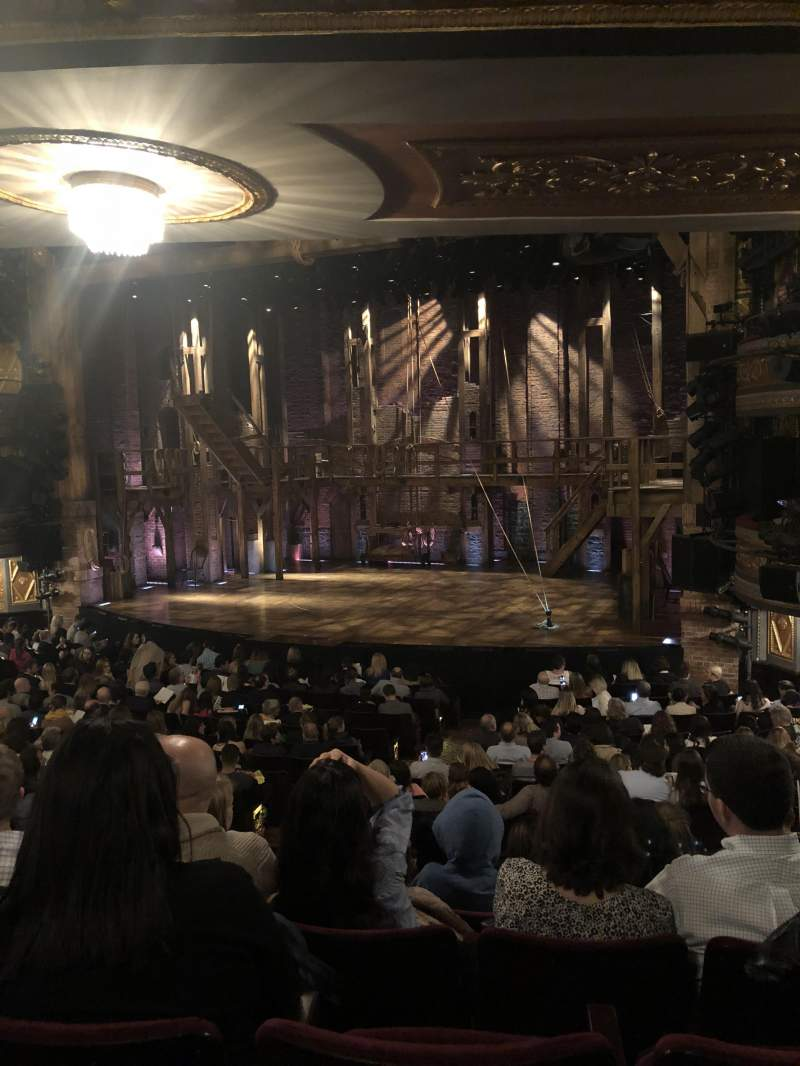 Vista sentada para Richard Rodgers Theatre Secção Orchestra L Fila R Lugar 16