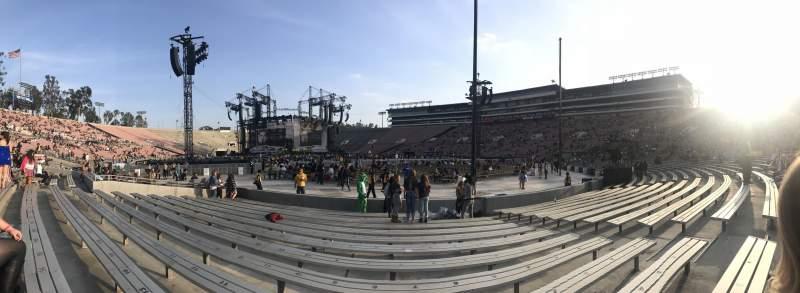 Vista sentada para Rose Bowl Secção 10-L Fila 1 Lugar 7