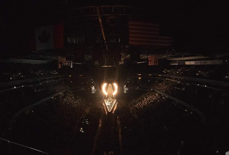 Vista sentada para Capital One Arena Secção 409 Fila J Lugar 2