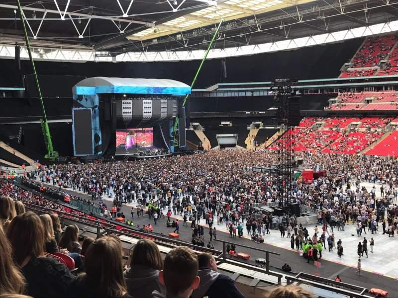 Vista sentada para Wembley Stadium Secção 223 Fila 7