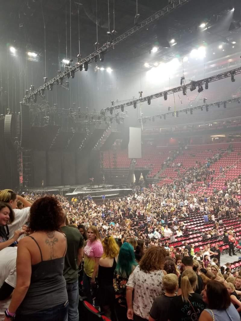 Vista sentada para Little Caesars Arena Secção 119 Fila 14 Lugar 10