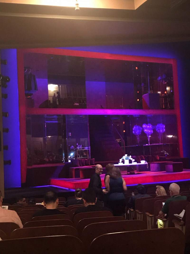 Vista sentada para Booth Theatre Secção Orchestra L Fila N Lugar 5