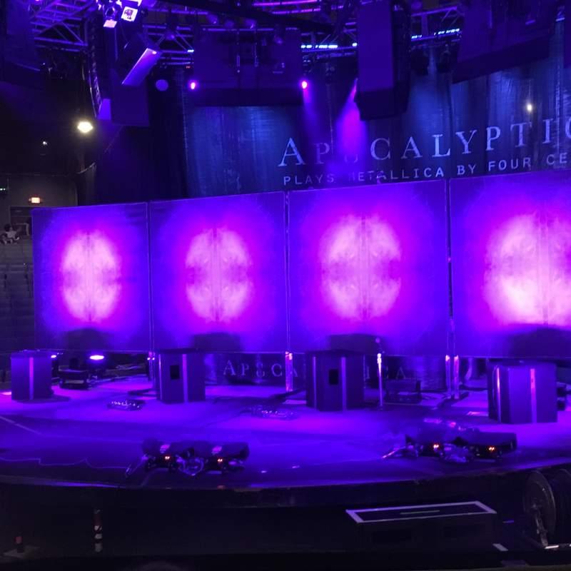 Vista sentada para NYCB Theatre at Westbury Secção E Fila F Lugar 9