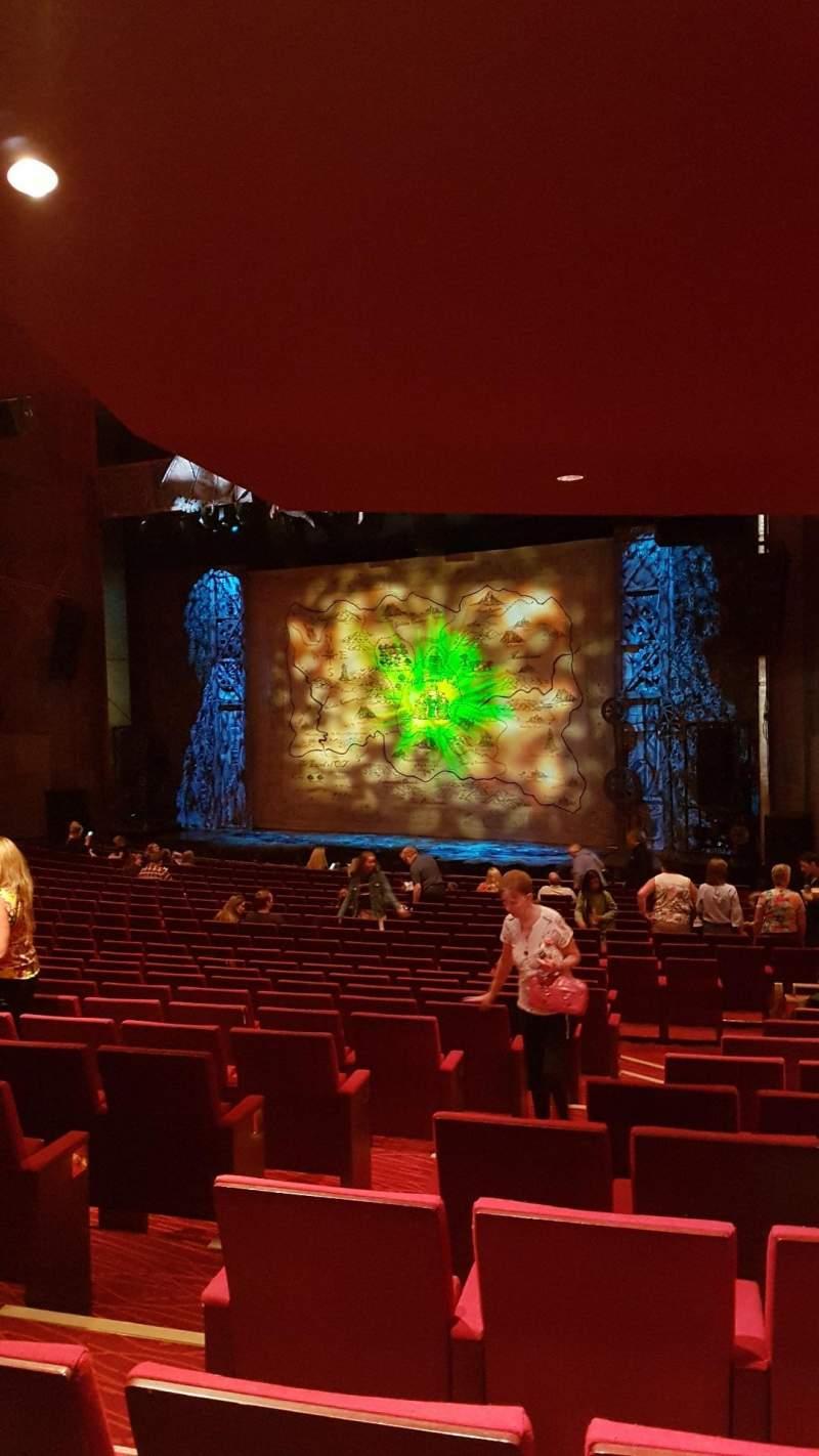 Vista sentada para Bord Gáis Energy Theatre Secção Stalls Fila U Lugar 47