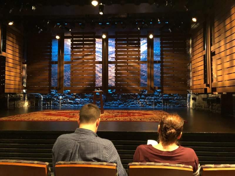 Vista sentada para Cherry Lane Theatre Secção Orch Fila C Lugar 6