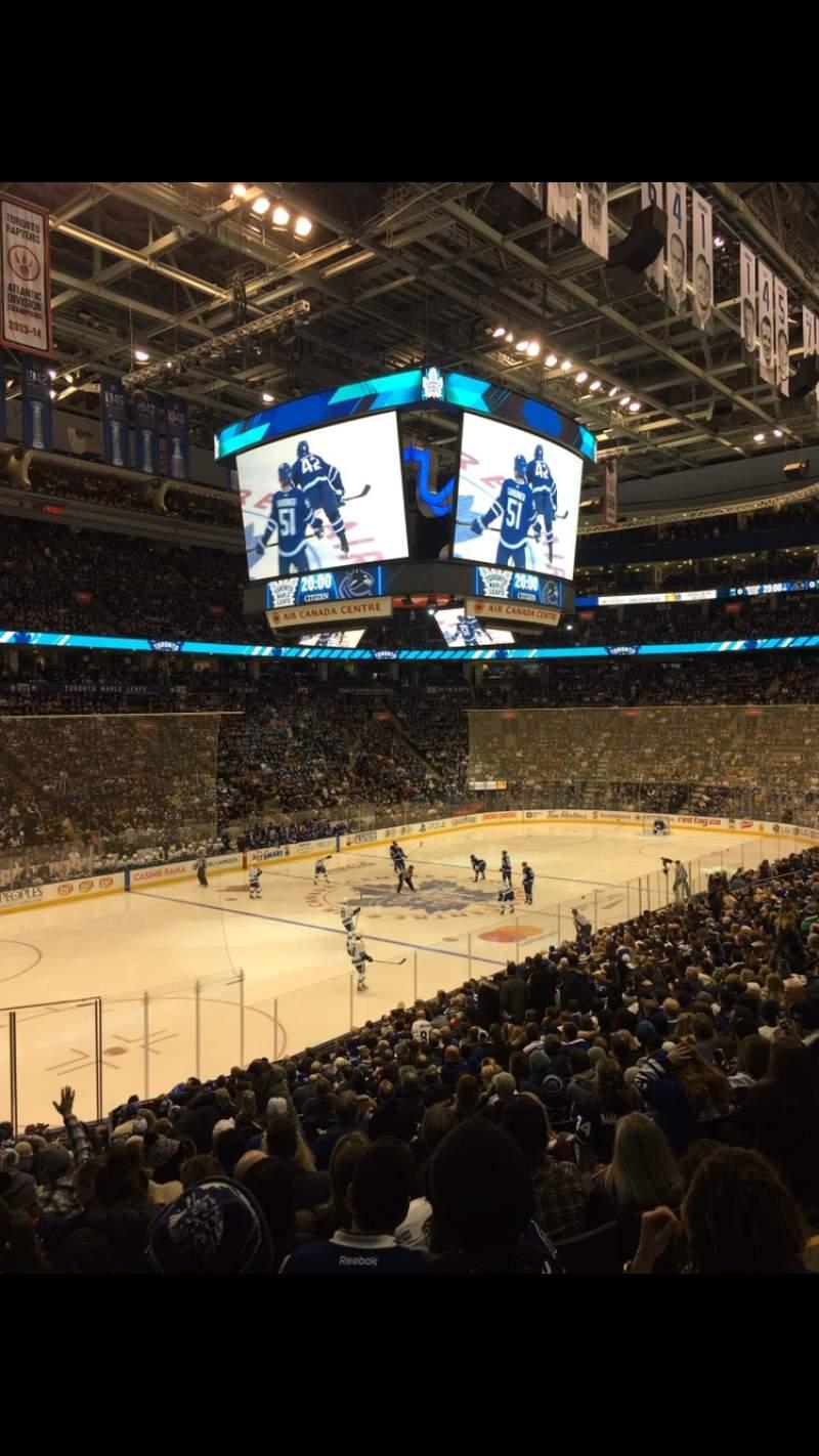Vista sentada para Scotiabank Arena Secção 111 Fila 24 Lugar 4