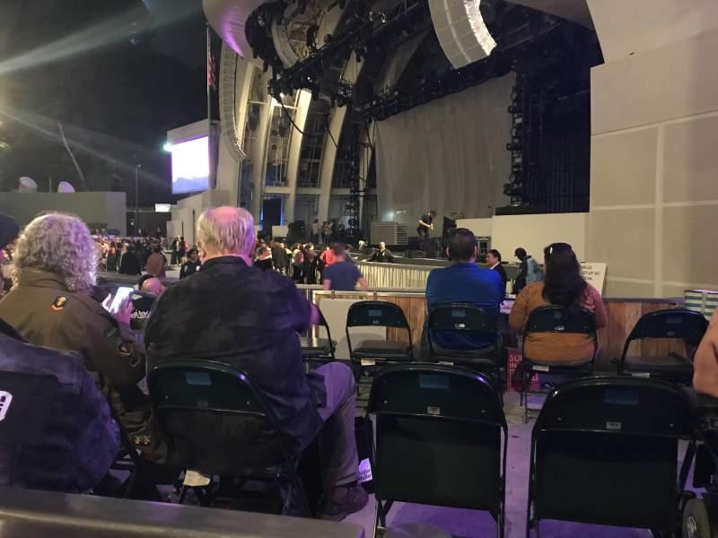 Vista sentada para Hollywood Bowl Secção Side Box 308 Fila RAMP BX Lugar 2