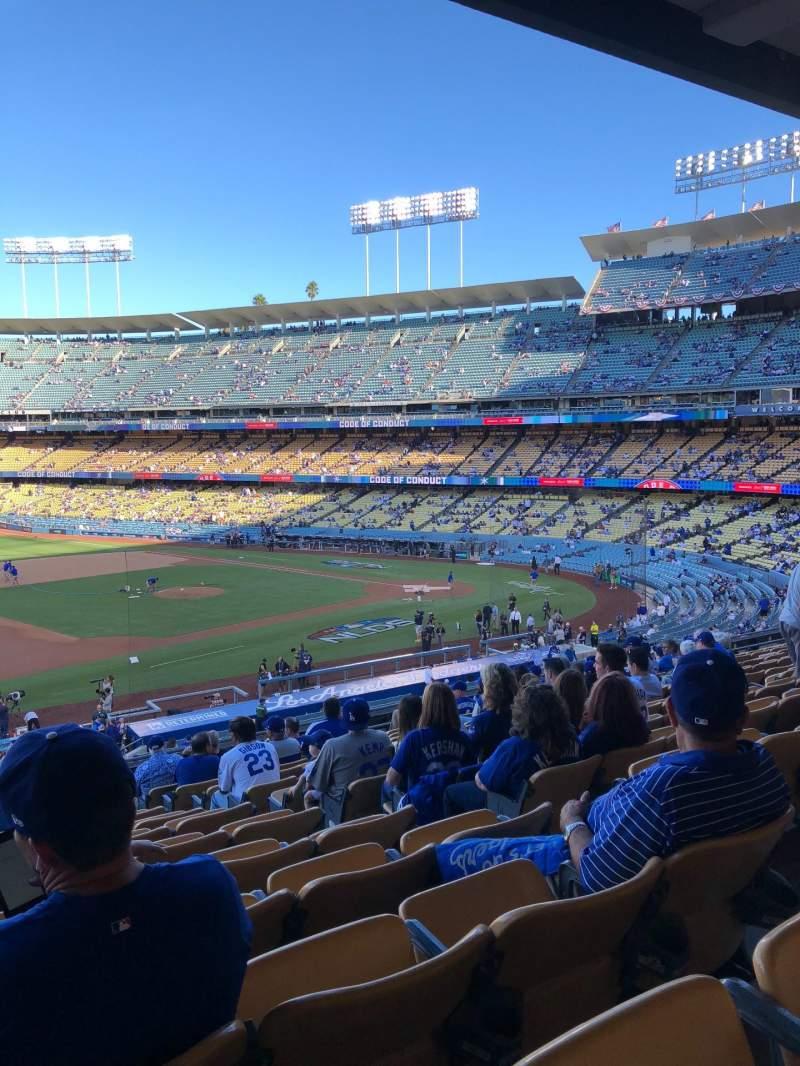 Vista sentada para Dodger Stadium Secção 141LG Fila O Lugar 5-6