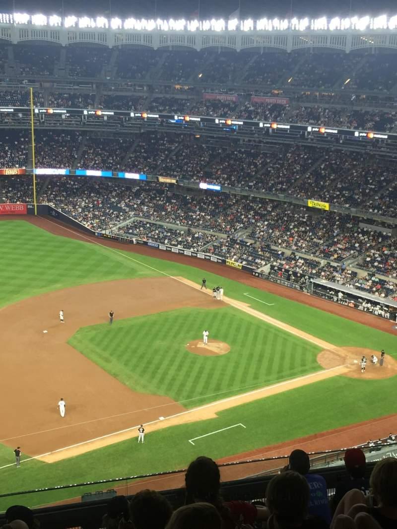 Vista sentada para Yankee Stadium Secção 427 Fila 7 Lugar 10