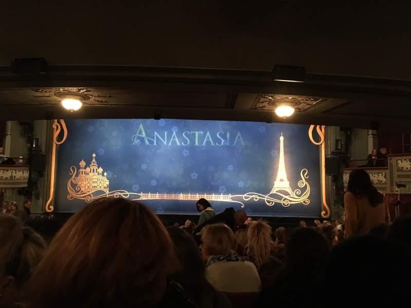 Vista sentada para Broadhurst Theatre Secção Orchestra C Fila R Lugar 111