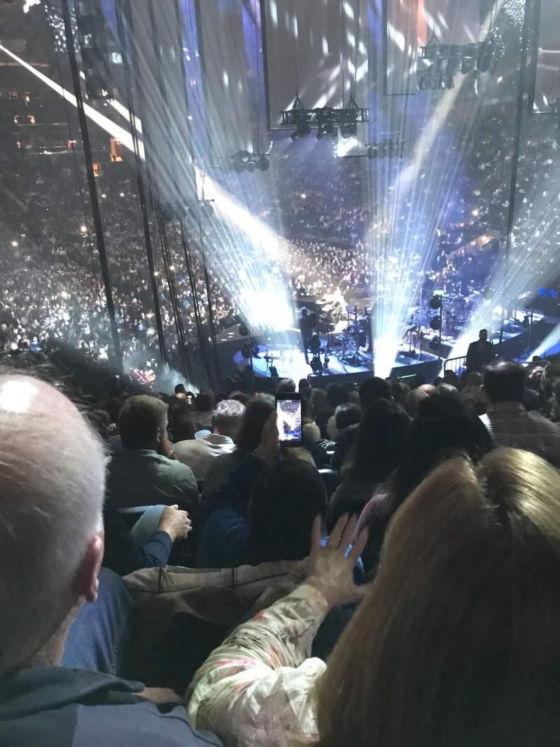 Vista sentada para Madison Square Garden Secção 100 Fila 20 Lugar 9