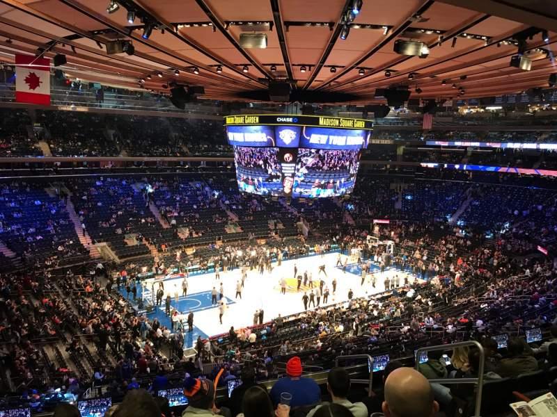 Vista sentada para Madison Square Garden Secção 208 Fila 8 Lugar 16