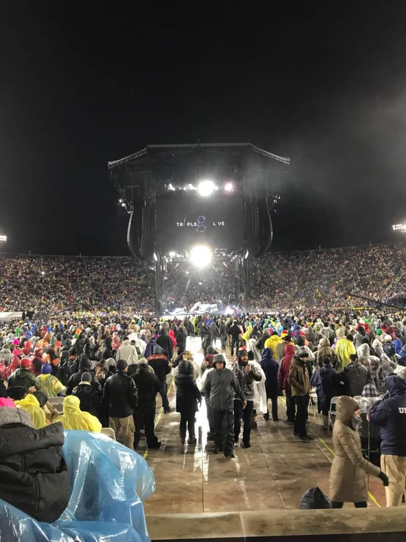 Vista sentada para Notre Dame Stadium Secção 19 Fila 6 Lugar 16-17