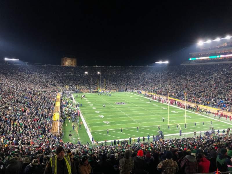 Vista sentada para Notre Dame Stadium Secção 121 Fila 7 Lugar 13