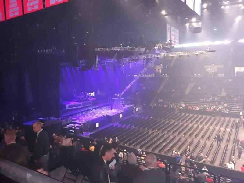 Vista sentada para Nassau Veterans Memorial Coliseum Secção 223 Fila 1 Lugar 5