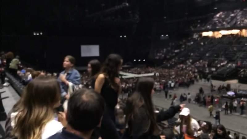 Vista sentada para AccorHotels Arena Secção R Fila 10 Lugar 16