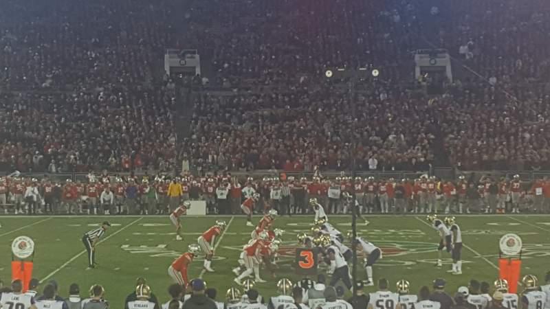 Vista sentada para Rose Bowl Secção 4-H Fila 10 Lugar 113