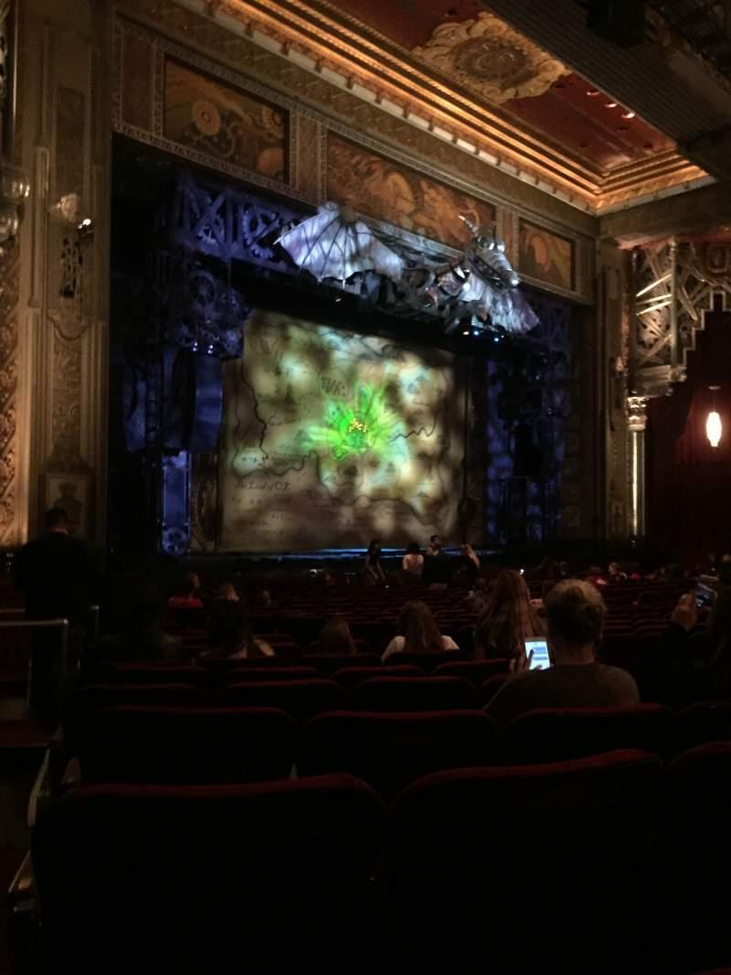 Vista sentada para Hollywood Pantages Theatre Secção Orchestra L Fila W Lugar 17