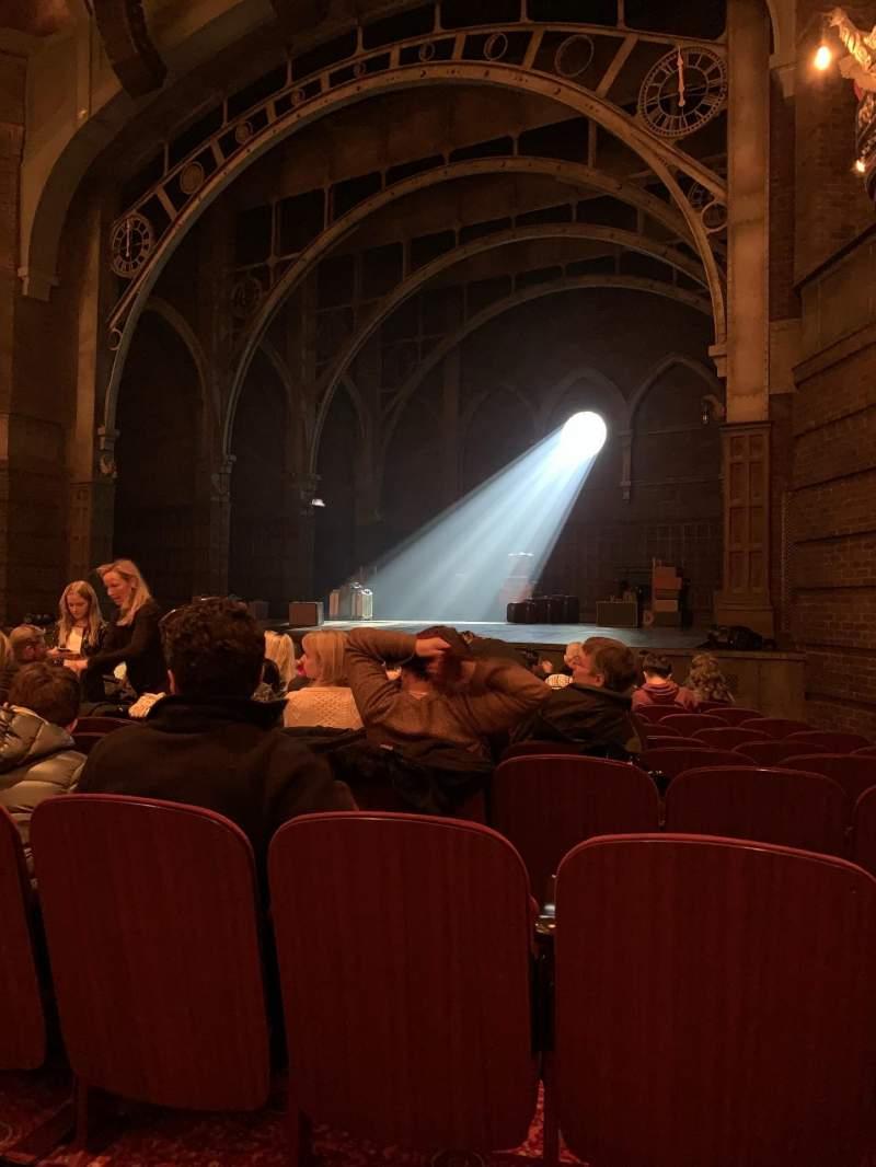 Vista sentada para Lyric Theatre Secção Orchestra Fila K Lugar 32